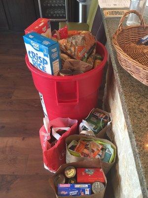 rsz_378_foodbank2_1